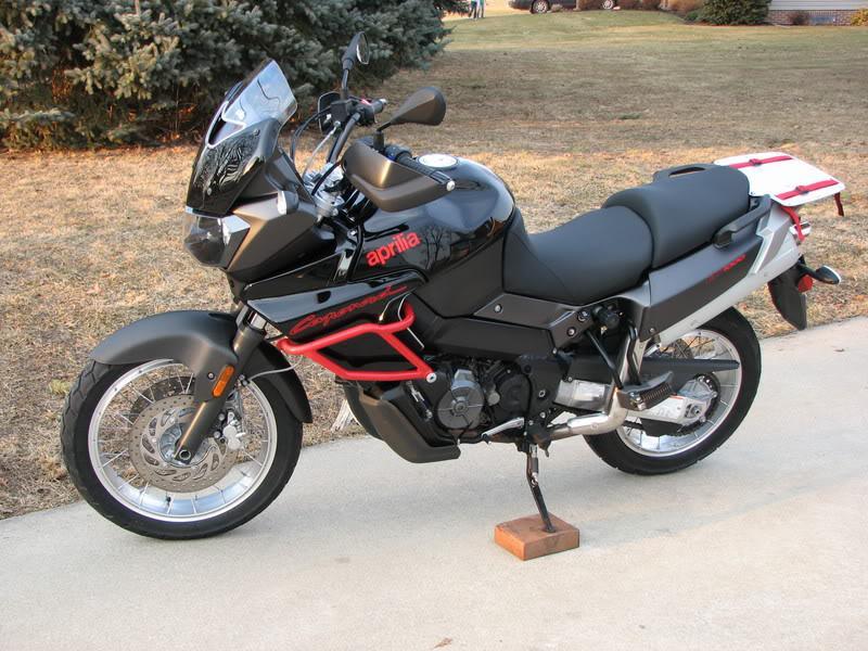 db29e0c6a2c 2007 Aprilia ETV 1000 Caponord (2007hh)